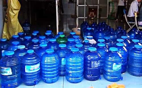 Hiện nay có nhiều nơi cung cấp nước uống thật, giả khó lường, giá cả không đi đôi với chất lượng...