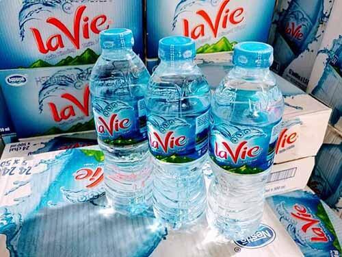 Nước khoáng Lavie thùng 24 chai dung tích 500ML