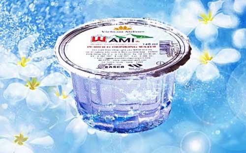 Thùng nước suối ly Wami 140ml 1 thùng có 60 ly nhỏ