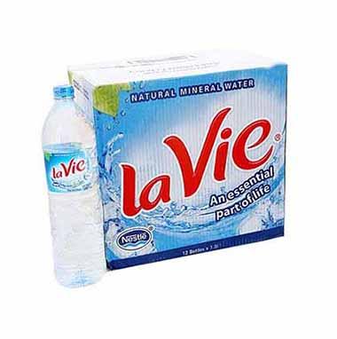 Thùng 12 chai nước khoángLavie dung tích 1.5L