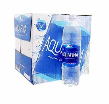 Thùng 12 chai nước khoáng Aquafina dung tích1.5L